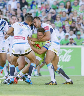 NRL: Nuuausala penalty vital as Titans overrun Raiders