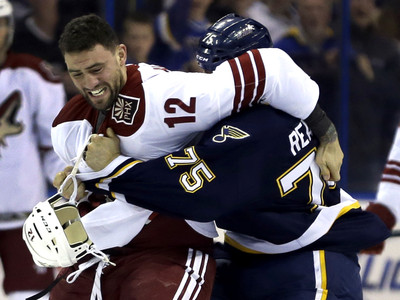 Ryan Reaves, Paul Bissonnette
