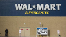 Wal-Mart takes on money transfer companies with new service