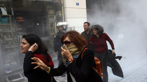 Greek police clash with retail employee protesters