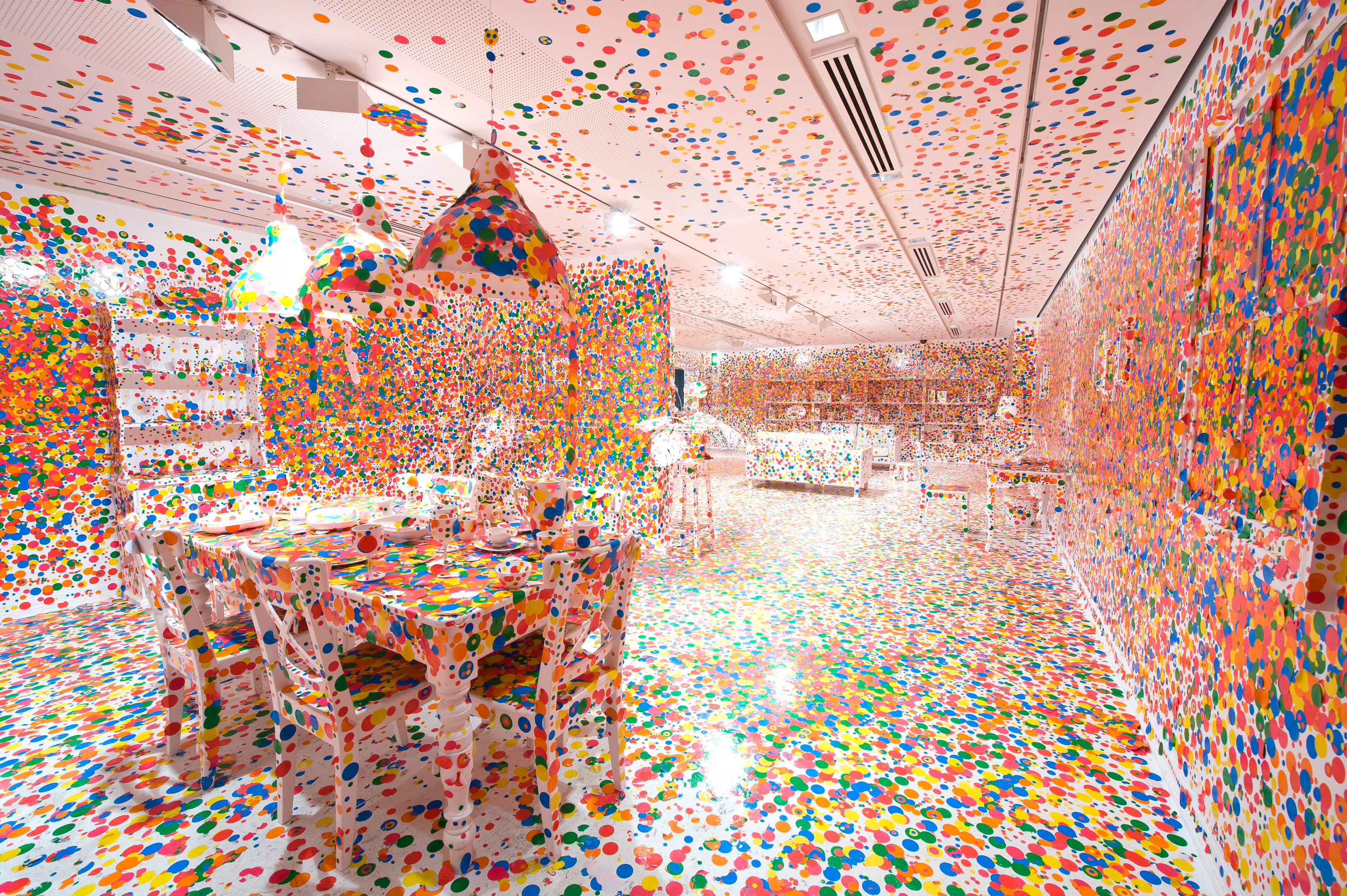 I2-Yayoi Kusama, The Obliteration Room, 2002 to present.jpg