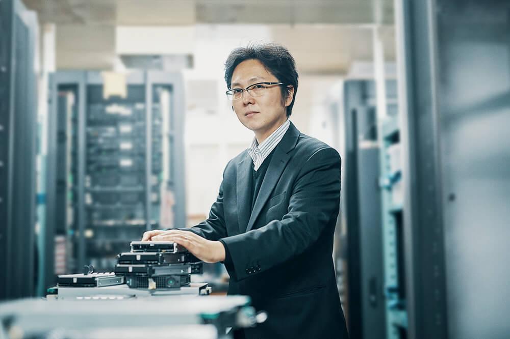 メインビジュアル : 汎用サーバ8千台で、スーパーコンピュータの傑作をつくる!大規模PCクラスタ構築技術(後編)