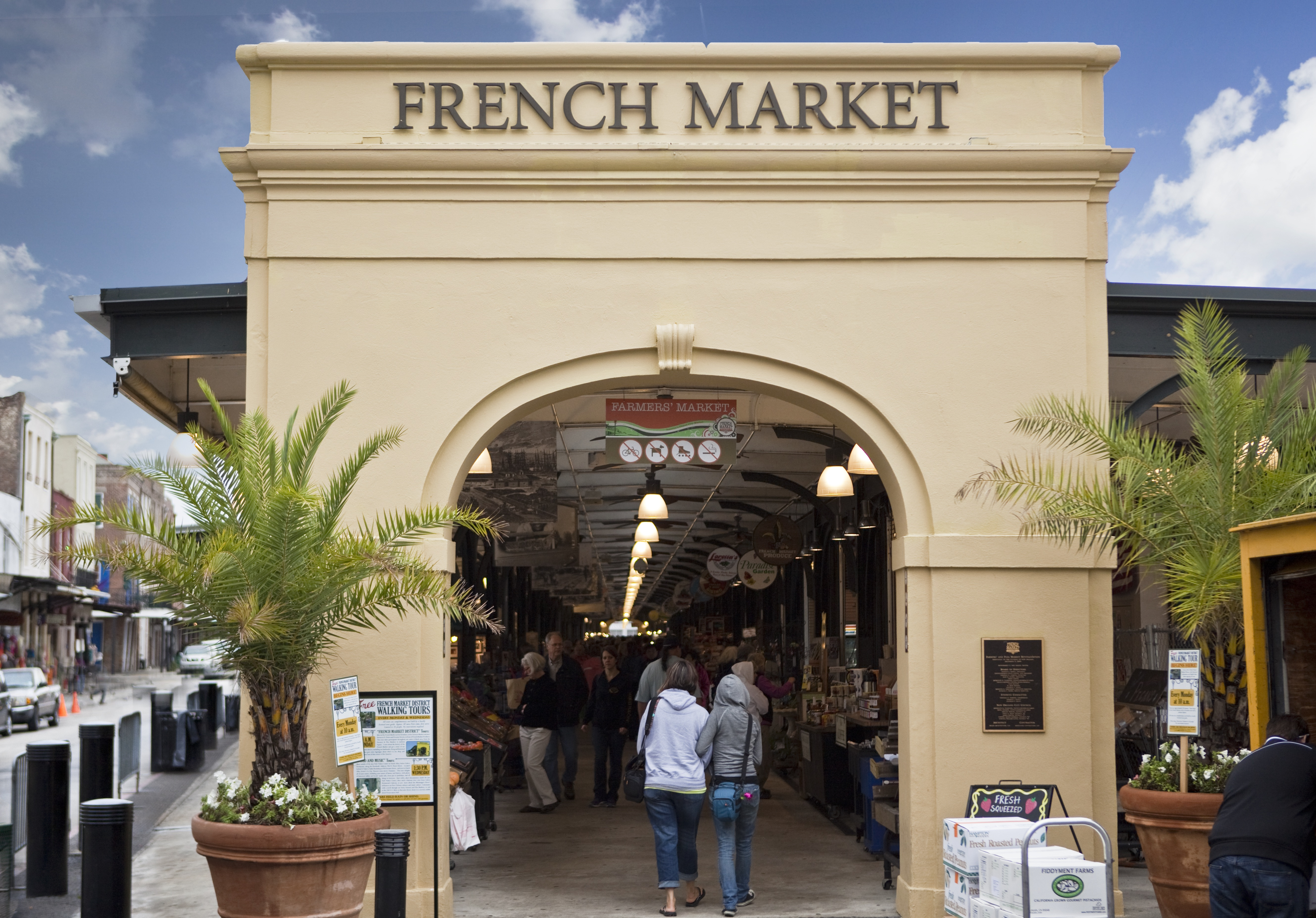 french market new orleans.jpg