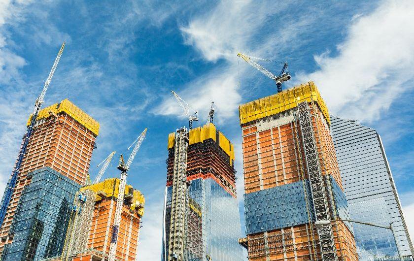 メインビジュアル : 建設業のDXプロジェクトを成功に導く近道とは?