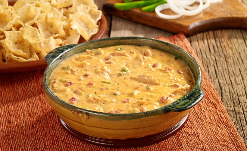 best-game-day-chicken-fajita-queso-dip-recipe