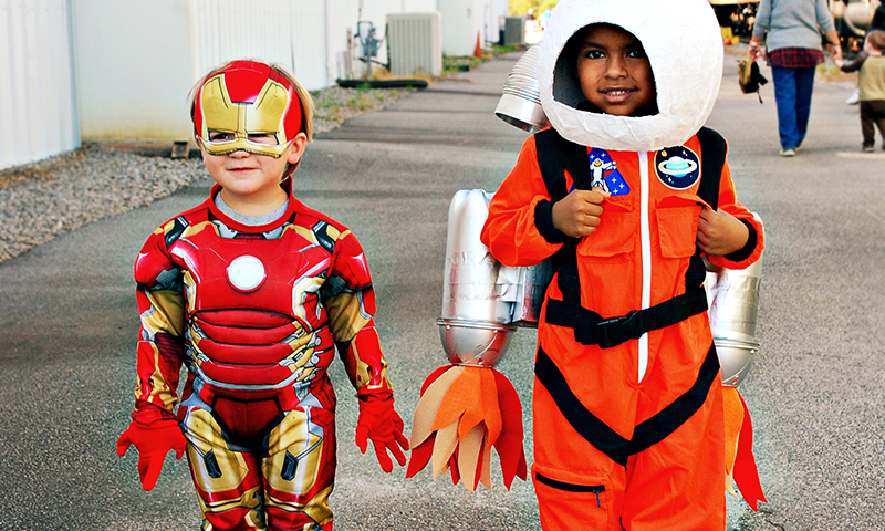 These costumed-cuties are outta this world.