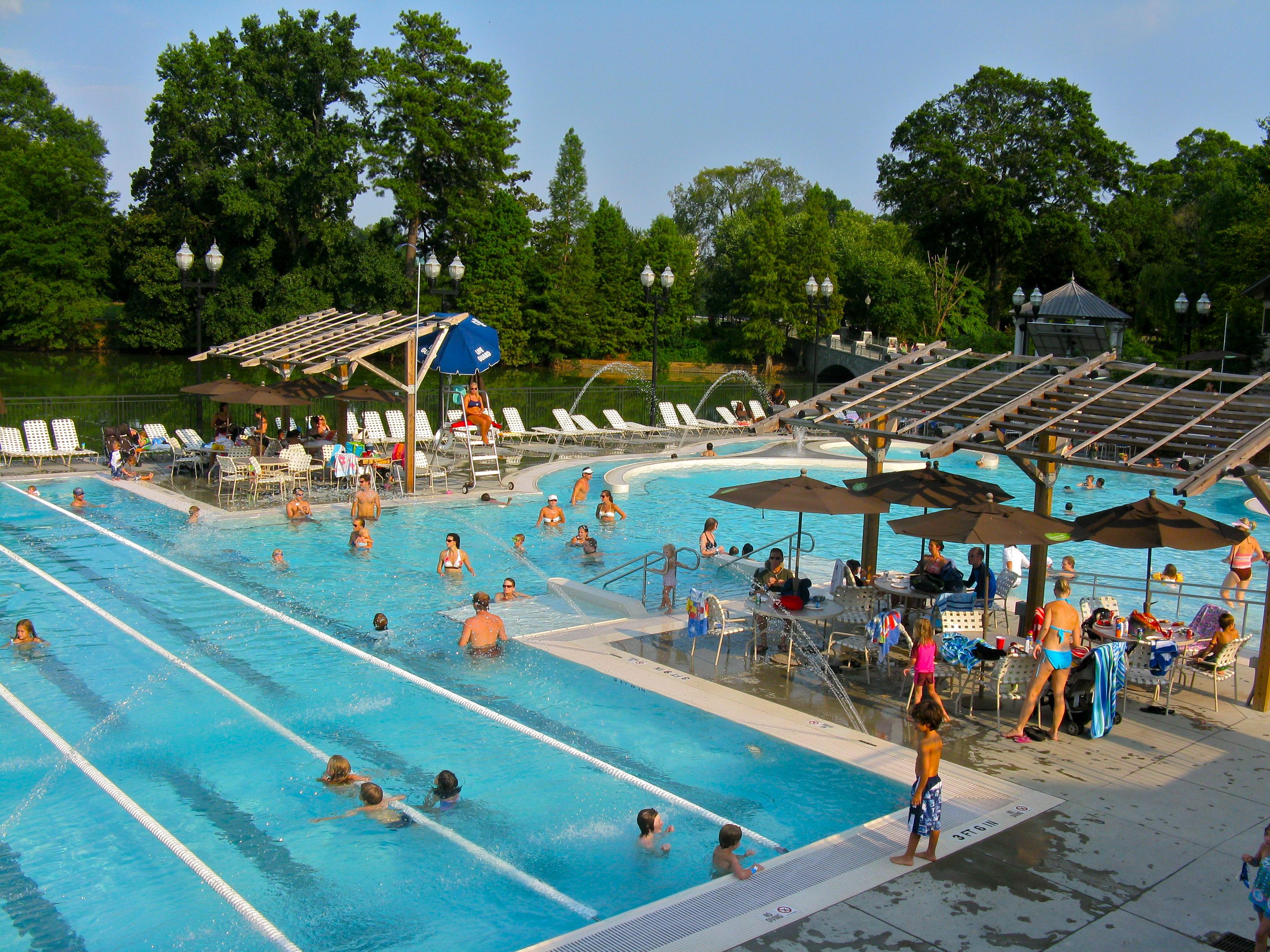 Pool Aquatic Center 72 dpi.JPG