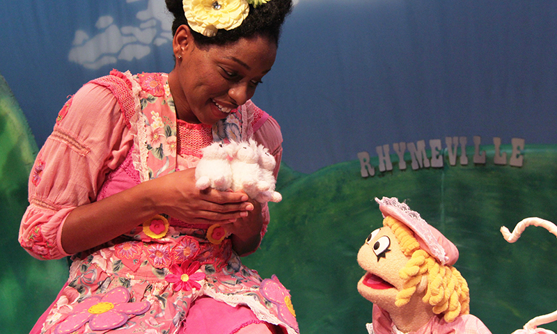 Mother Goose arrives at CPA with a special show for little ones. (Center for Puppetry Arts)