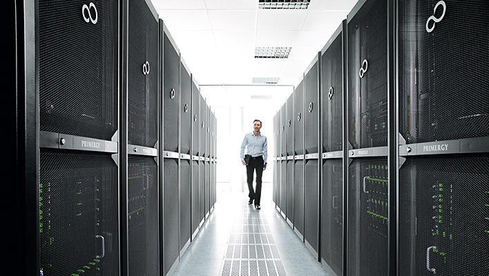メインビジュアル : スーパーコンピュータの活用で、ビッグデータの分析結果をいち早くビジネスに反映