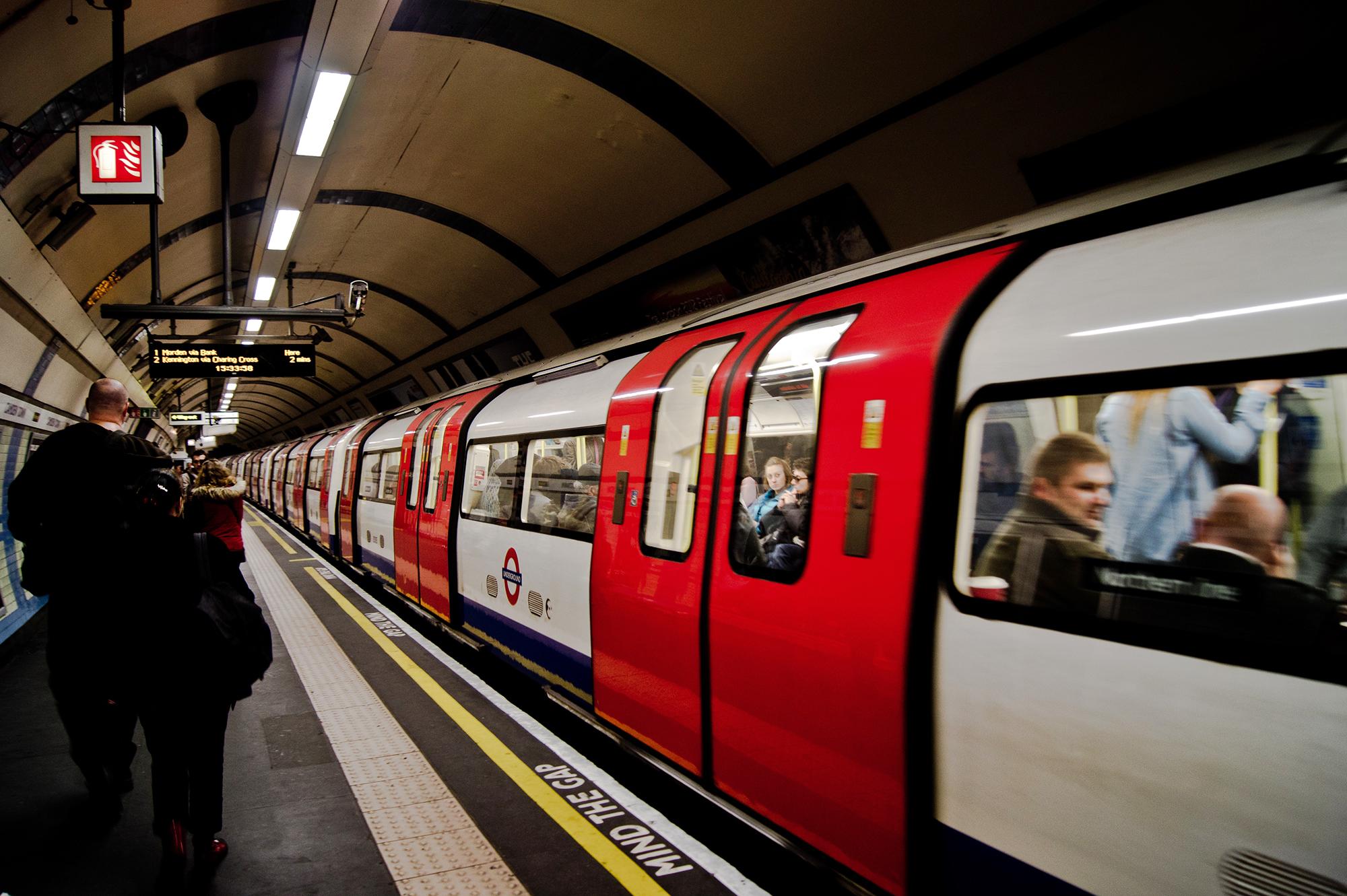 1. London underground.jpg