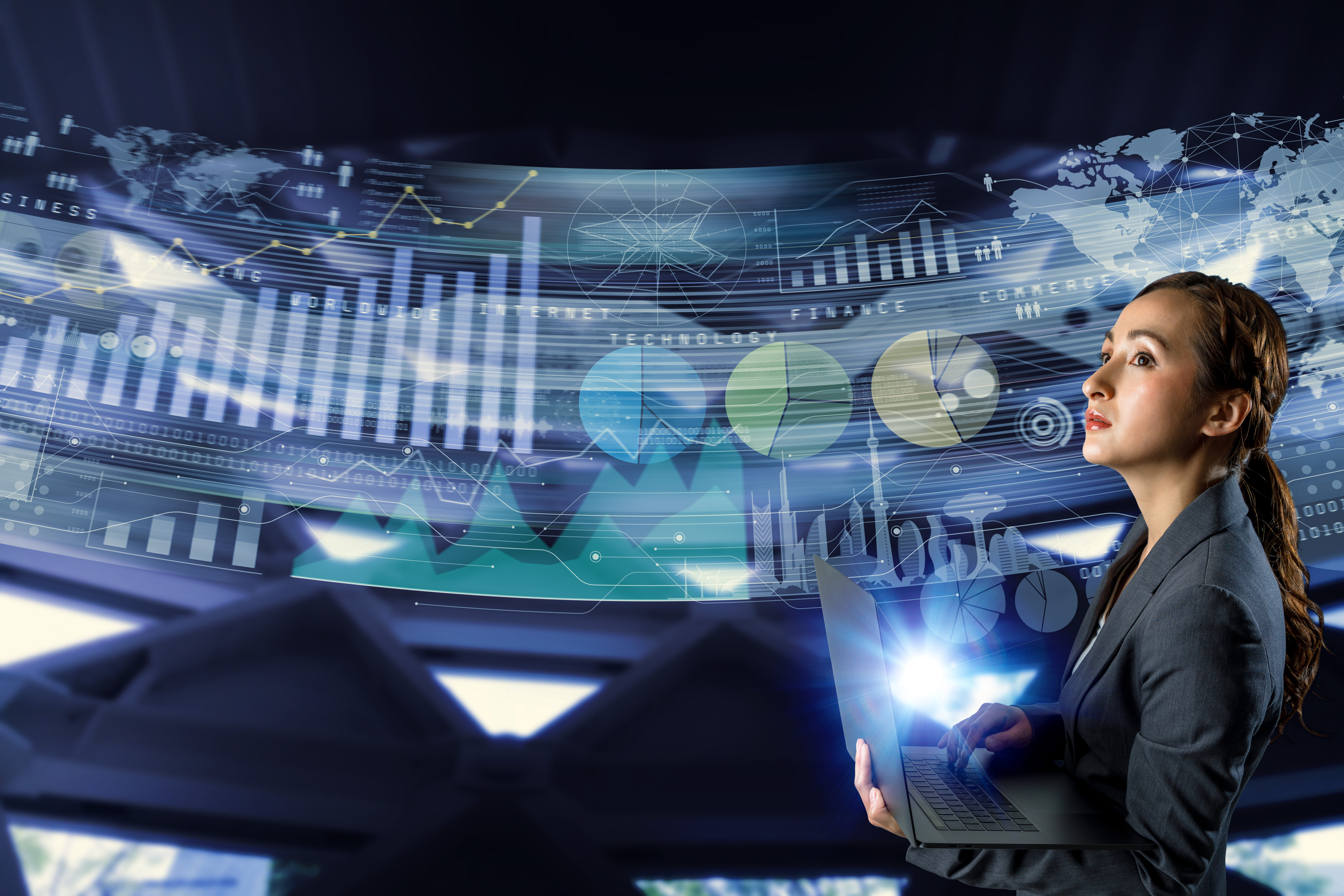 Main visual : DX survey reveals high levels of enterprise-consumer disconnect