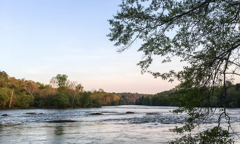 The Chattahoochee River National Recreation Area is a welcome retreat for boating, fishing and exploring the outdoors. (Shawn Taylor)