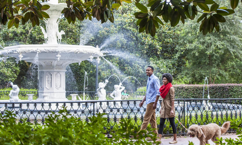 Savannah has beautiful historic squares, wonderful restaurants and is a great place for a weekend getaway.