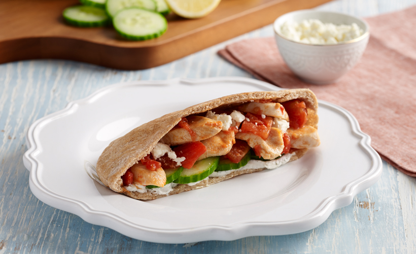 Mediterranean-Chicken-Pita-Pockets_820x500.jpg