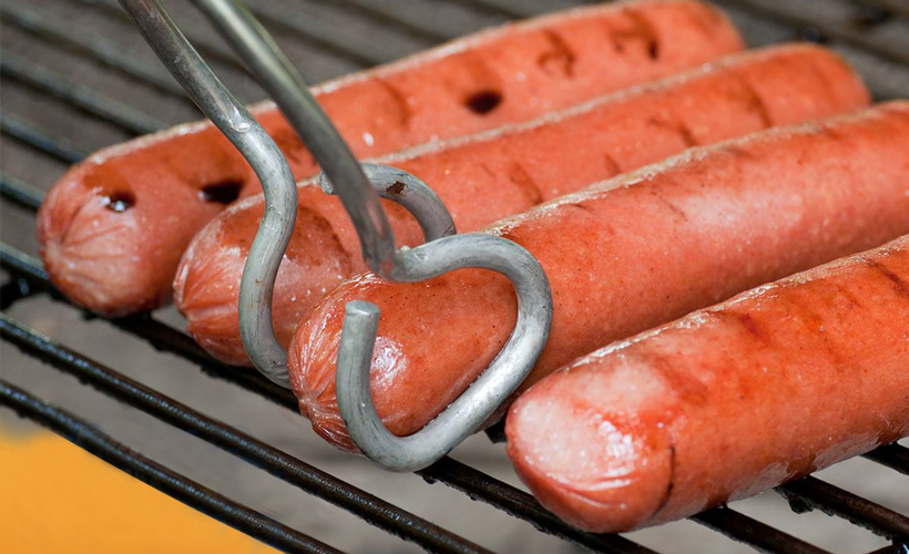 hebrew-national-grilled-hot-dogs