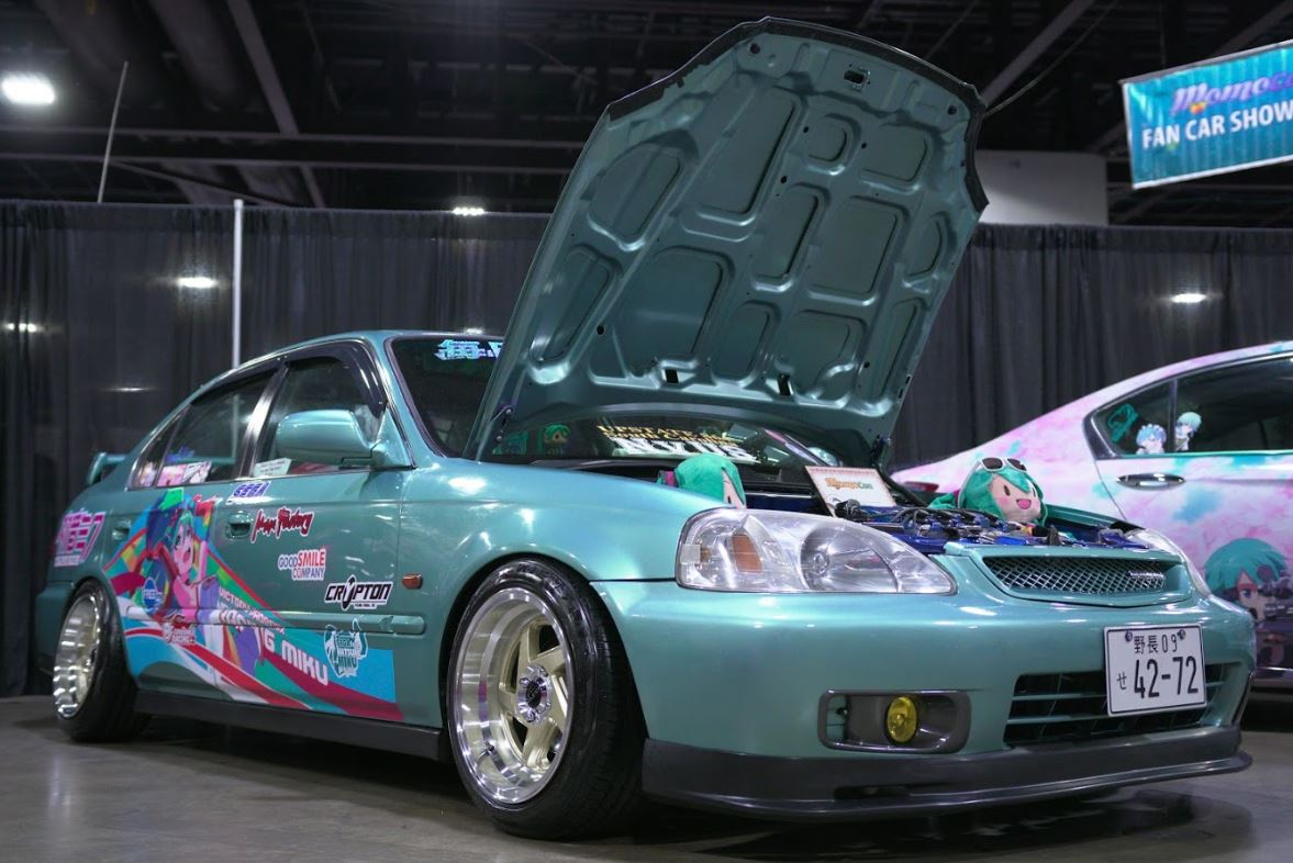 momocon-car.JPG
