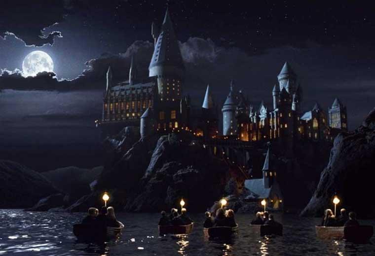 Wizard-schools-hogwarts.jpg